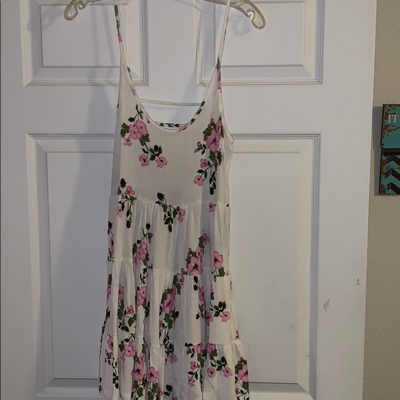 Forever 21 Dresses & Skirts - Brand new tags, ivory and pink shirt floral dress